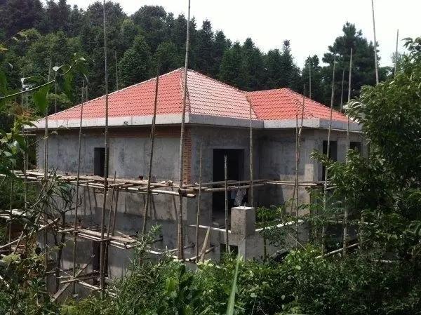 农村别墅坡屋顶