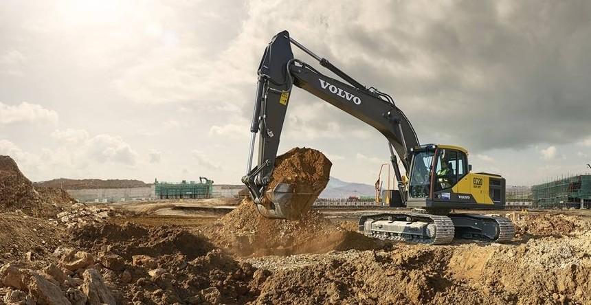 excavator-ec220hd-china.jpg