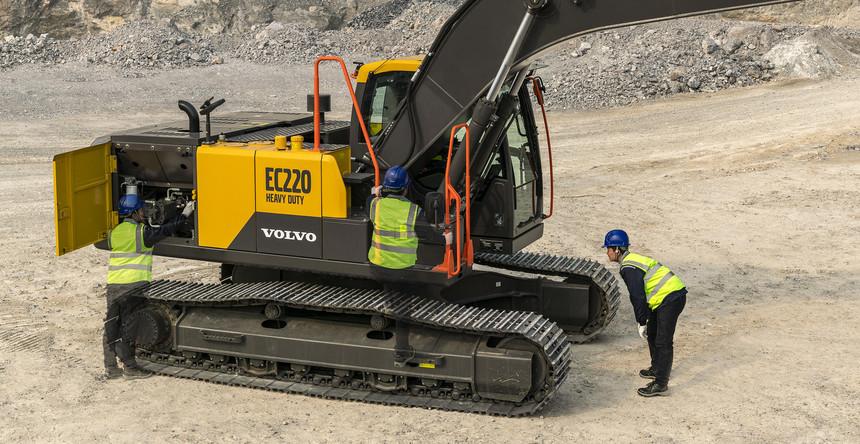 volvo-benefit-crawler-excavator-ec220hd-china-easy-servicing-2324x1200.jpg