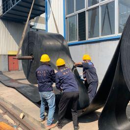 碳素厂耐高温输送带安装现场