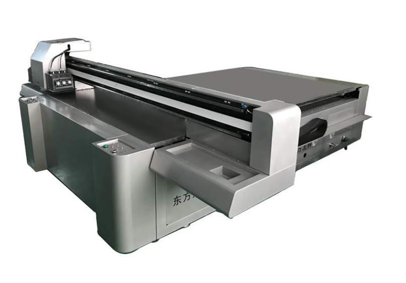 哪些因素会影响UV平板打印机精度和速度?