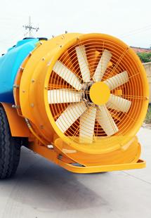 牵引风送式果园喷雾机