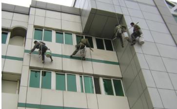 你知道高空外墙清洁有些什么注意事项吗?