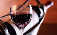 葡萄酒为什么会挂杯?挂杯的红酒一定是好吗?