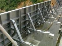 绞轴式液压(钢制)翻板闸门