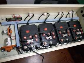 四驱动平车控制器