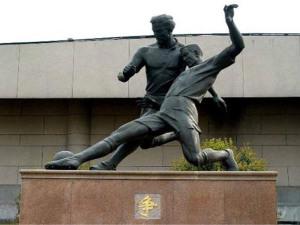 校园玻璃钢雕塑