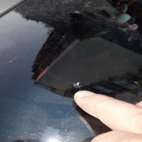 凌志汽车玻璃开裂修复方法。