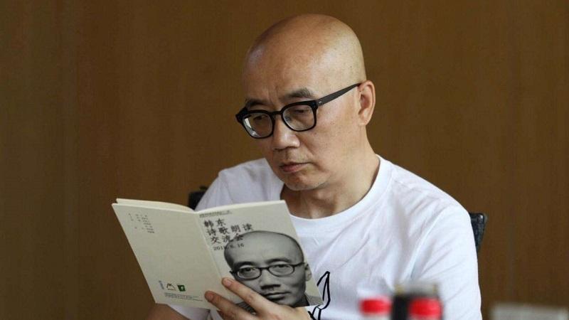诗人韩东:诗学既有必要也无必要