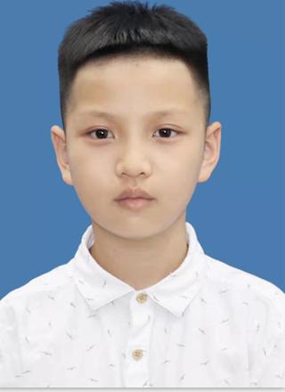 黄海(11岁)R.png