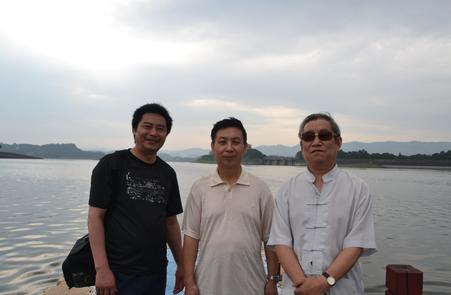 左起:圆心 张基栗 王德渔长寿湖.png