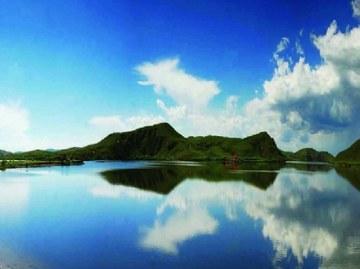 多伦湖.jpg