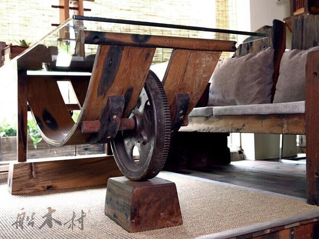 船木艺术餐桌.jpg