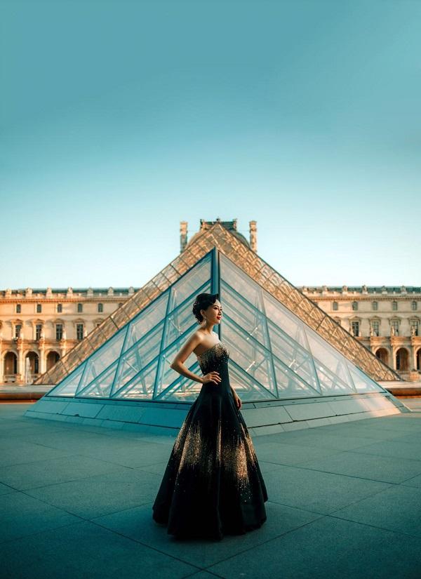 ANNA HU成为法国高定公会首位受邀华裔女性珠宝艺术家.jpeg
