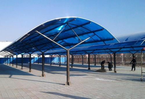 重庆钢结构玻璃雨棚