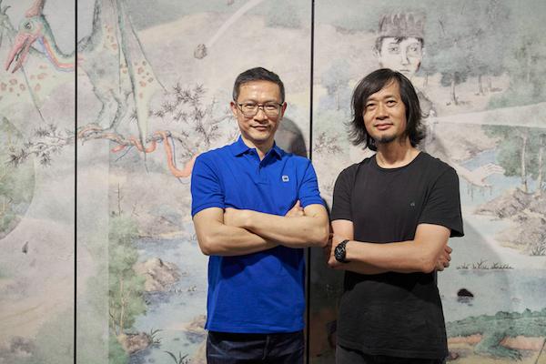 艺术家曾健勇(左)与本次展览策展人、广东美术馆馆长王绍强.jpg