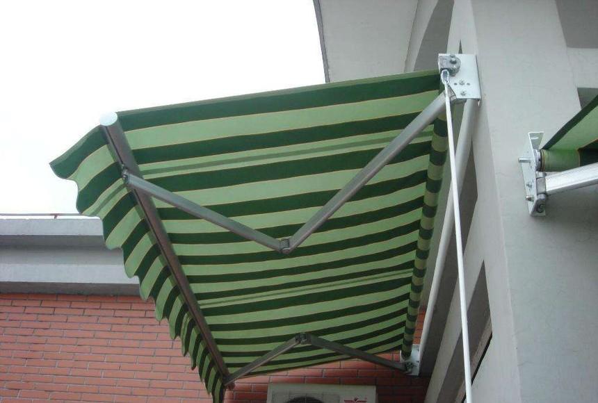 重庆伸缩遮阳棚