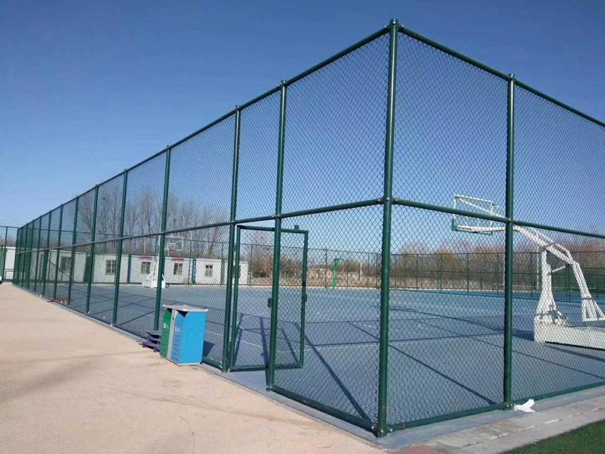 球场勾花护栏网的样式_球场勾花网尺寸_安平县宝川勾花网厂家