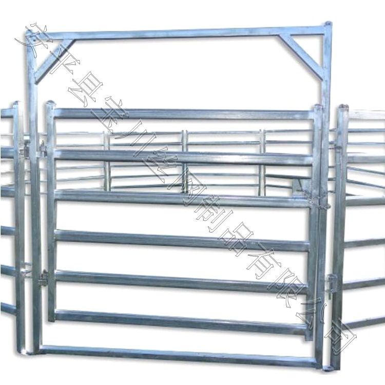 1.8米高牛栅栏的价格说明_安平宝川护栏