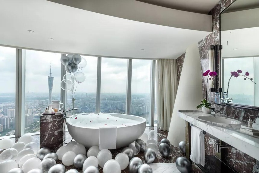 "Indulge in Sweet Romance with ""Starry Vow"" - Four Seasons Hotel Guangzhou.jpg"