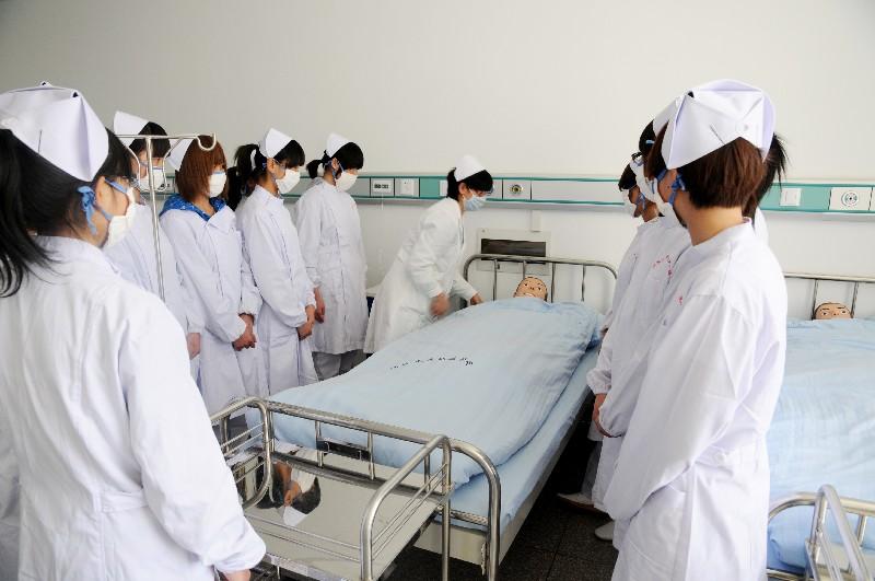成都护理职业学校护理专业可以考取哪些资格证书?