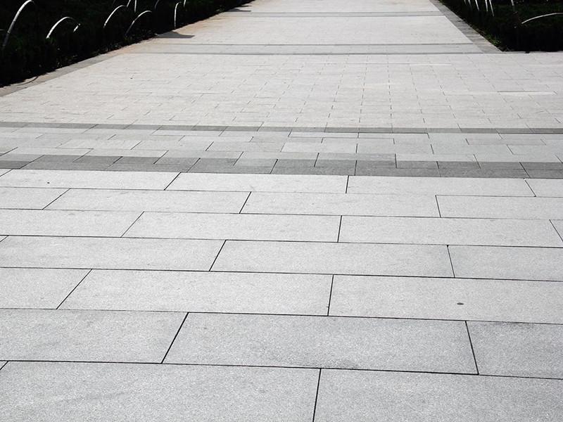 长期存放的青石板应该如何保养