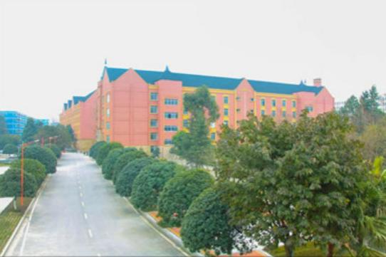 成都铁路学校校园环境