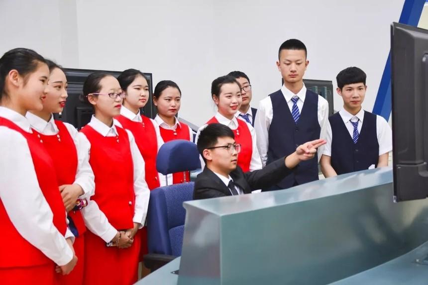 希望职业学院2020年高铁乘务专业招生简章