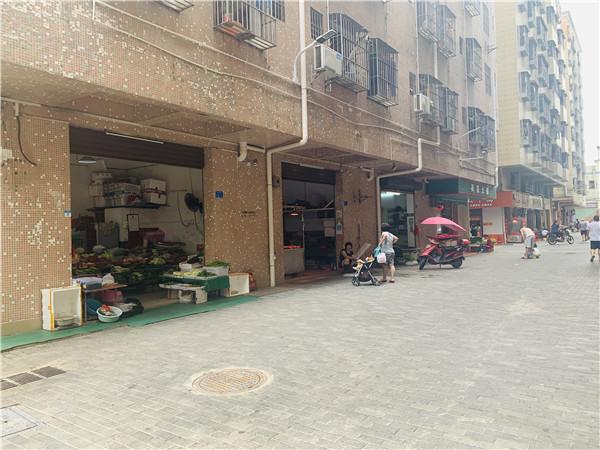 福美花园楼下的市场街肆.jpg