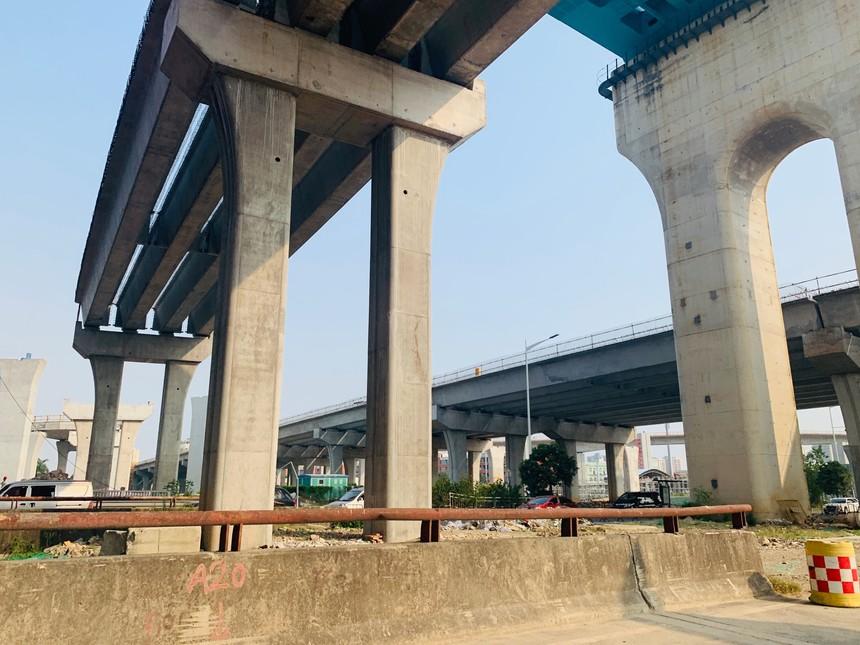 外环高速跨松福大道工程.jpg