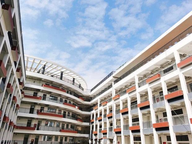 南科大附中一期校园建设已基本完工 将于今秋面向深圳全市招生.jpg