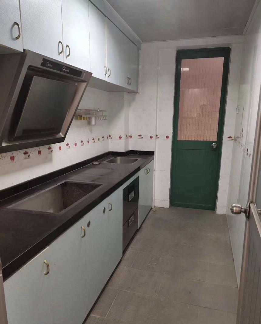 德金花园二手房一房厨房实拍