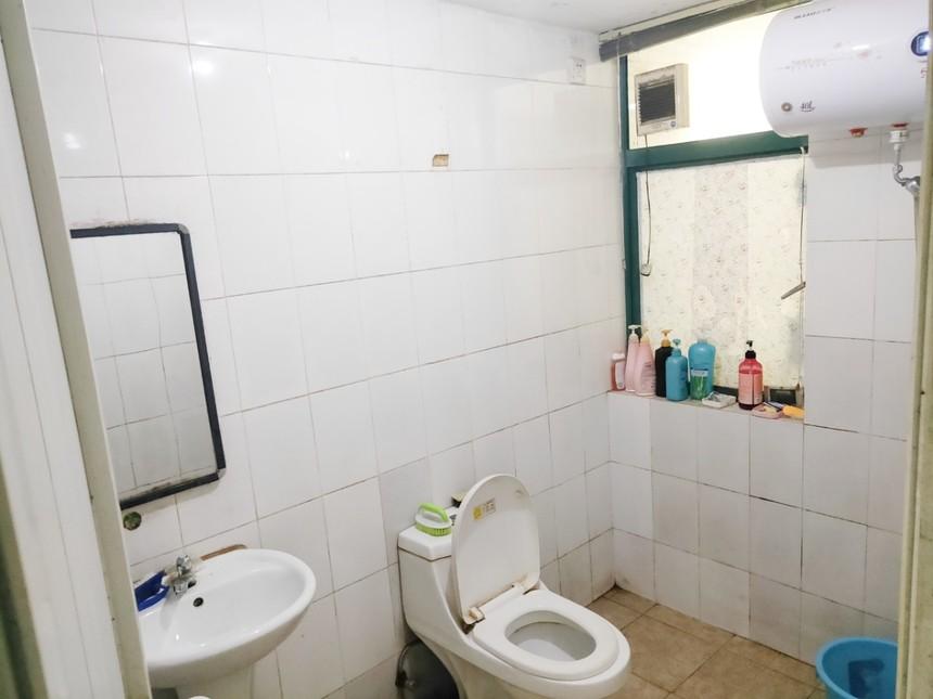 尚园二手房二房卫生间实拍