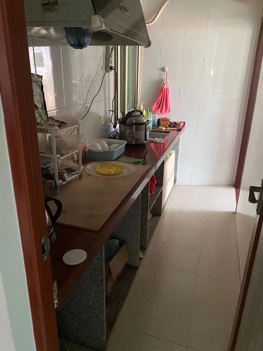 荔园小区二手房三房厨房实拍