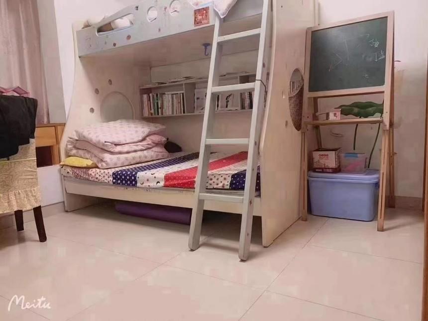 盛芳园二手房2+1房卧室实拍