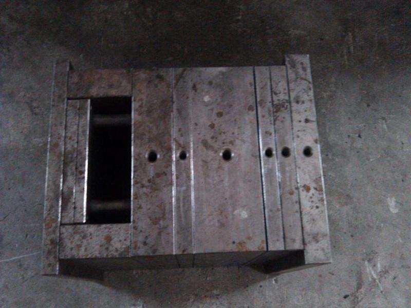 泵體注塑模具