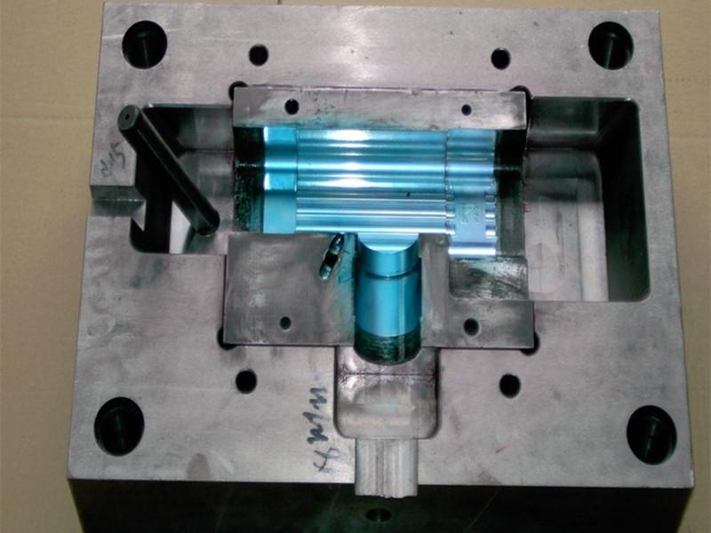 膠囊注塑模具