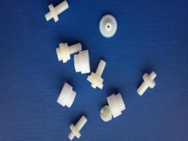 小塑料件加工