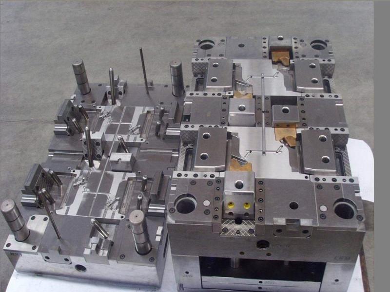 電子產品注塑模具