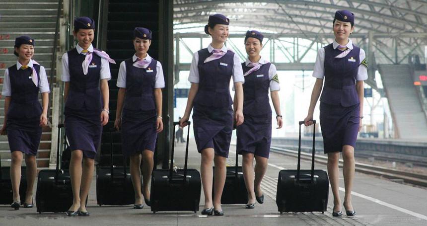 成都高铁乘务学校