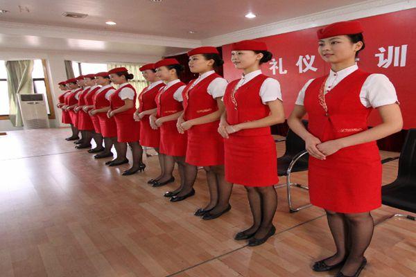 成都城市交通职业学校女生高铁专业毕业后可以从事铁路部门哪些方面的工作?
