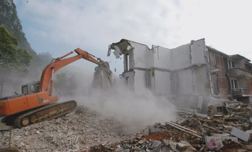 北京拆迁律师:在征收决定作出后 政府强行拆除房屋 被征收人如何维护权益?