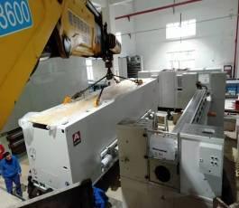折臂吊车在低空厂房精密设备位移