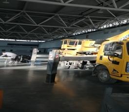 国际会展中心老客户第二次合作路灯车