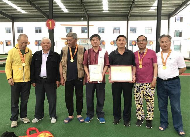 上饶市钓鱼协会代表队在全省第八届老运会上夺冠01.jpg
