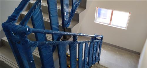 楼梯栏杆永临结合.jpg