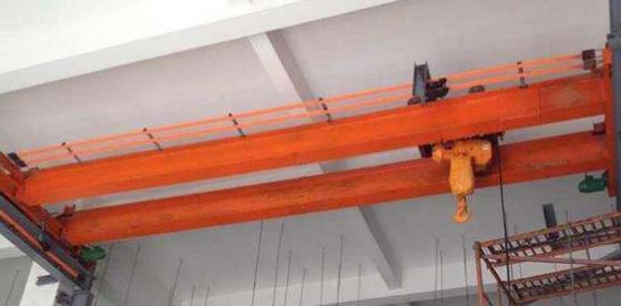 深圳起重机的啃轨应该如何应对?