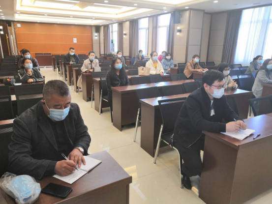 甘南职教中心学校疫情期间高三开学复课工作部署会议628.png