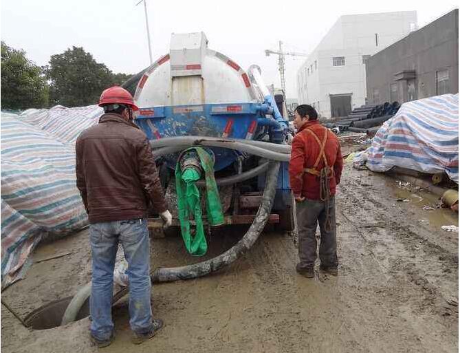 化粪池清理的施工方案,化粪池清理施工注意事项