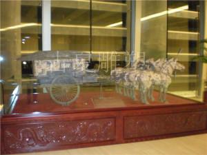 铸铜马车雕塑